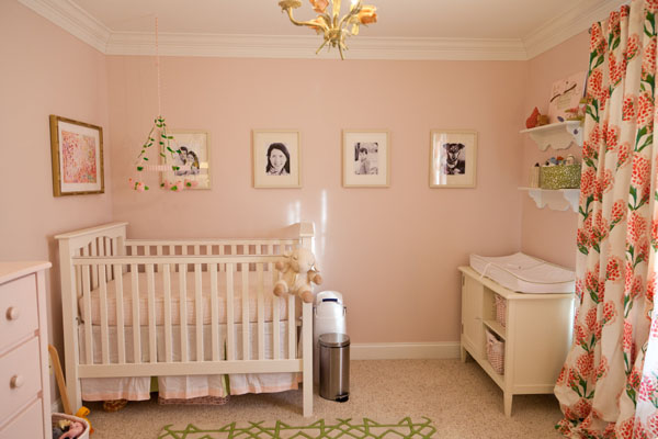 7 Necessary Items for a Baby Nursery thumbnail
